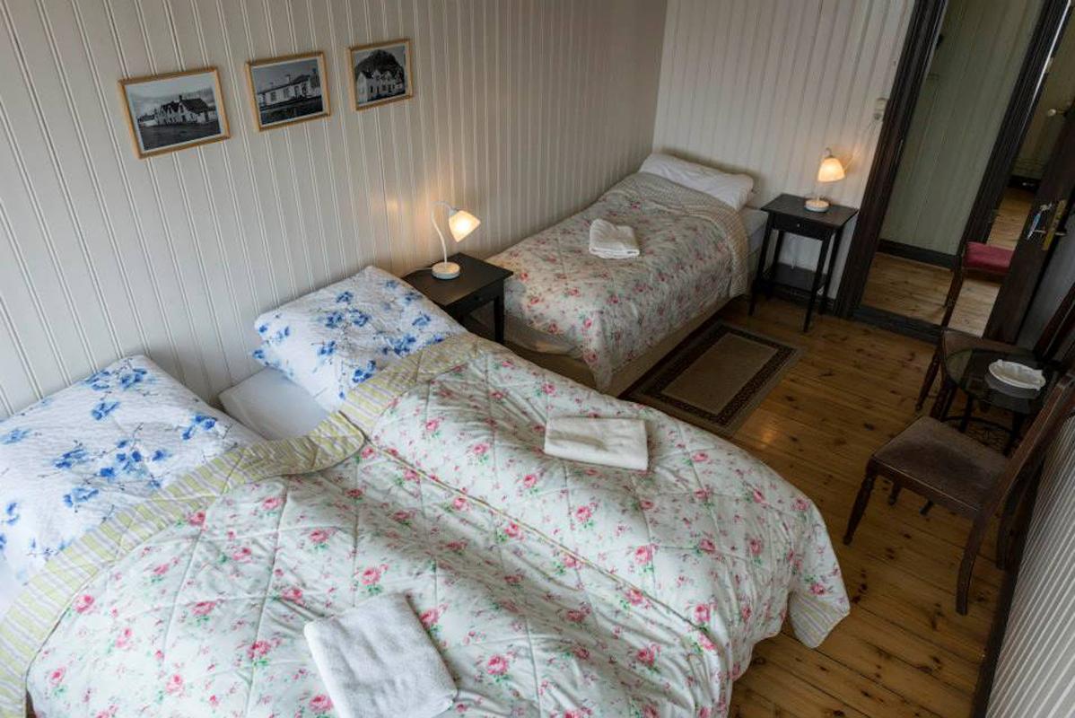 Einarshúsið - Triple bedroom 1